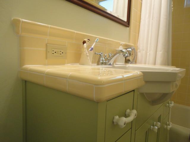 Vintage Green & Yellow Bath traditional-bathroom