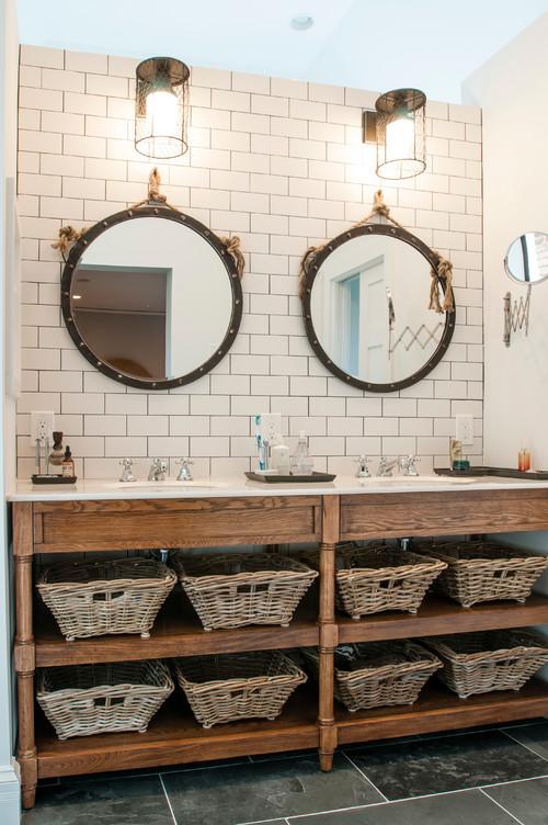 Vintage Meets High End Bathroom