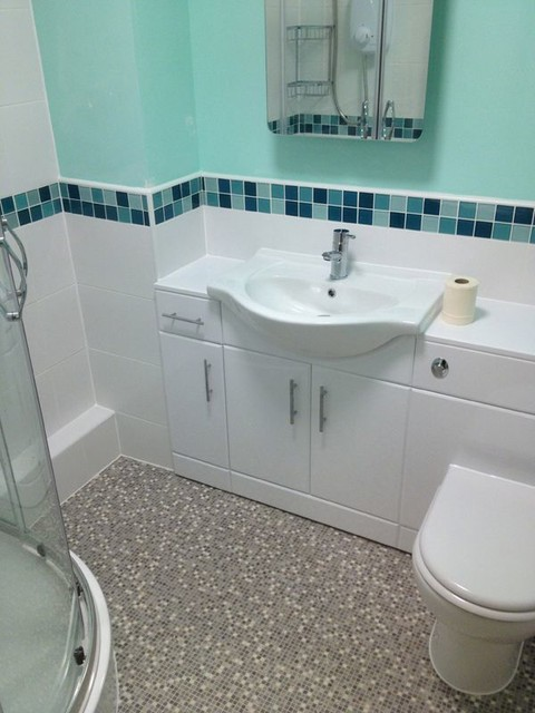 Vinyl Bathroom Floor With Half Tiled Walls