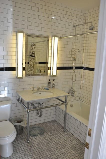 MANHATTAN BROWNSTONE RENOVATION Bathroom Traditional Bathroom