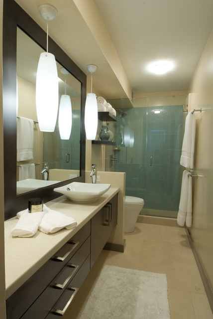 Waikiki Chic contemporary bathroom