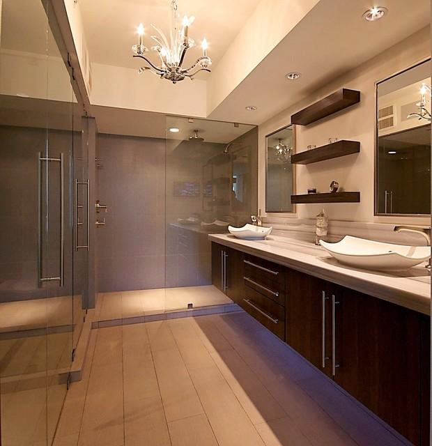 Walk in closet bathroom cabinets wardrobes closet built for Bathroom closet layout