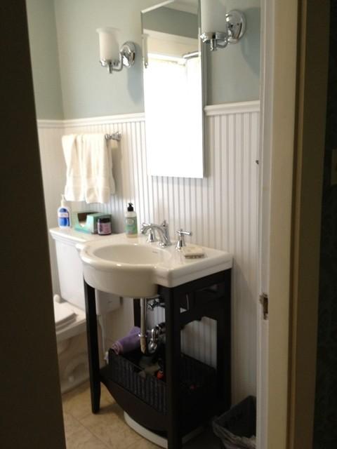 Walpole traditional-bathroom