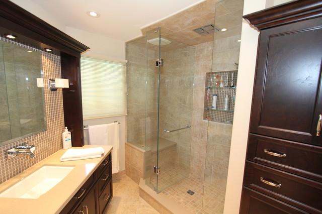 Warm bathroom traditional-bathroom