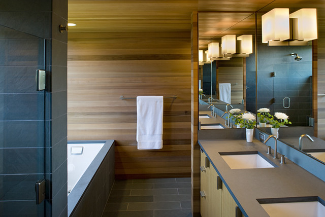 Warmington North modern bathroom