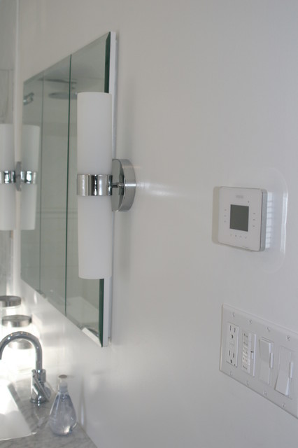 Warmup 3ie thermostat traditional bathroom new york by warmup us floor heating systems for Heated bathroom floor thermostat