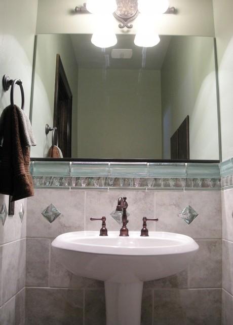 Wasatch Parade traditional-bathroom