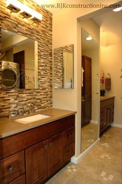 Wash-Mahal contemporary-bathroom