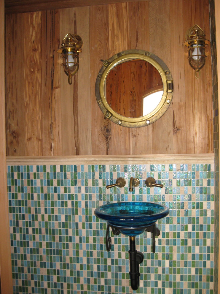 Inspiration for a mediterranean bathroom remodel in Tampa