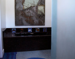 Waves and 3d Cubes in Santa Monica eclectic-bathroom