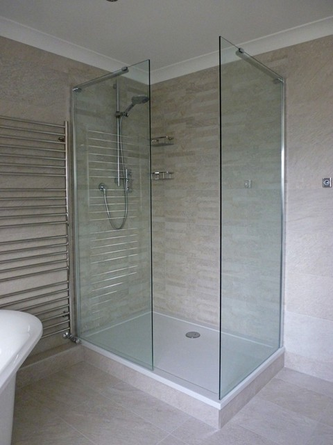 We Used A Co Ordinating Brick Effect Feature Tile On The Walls In The Shower