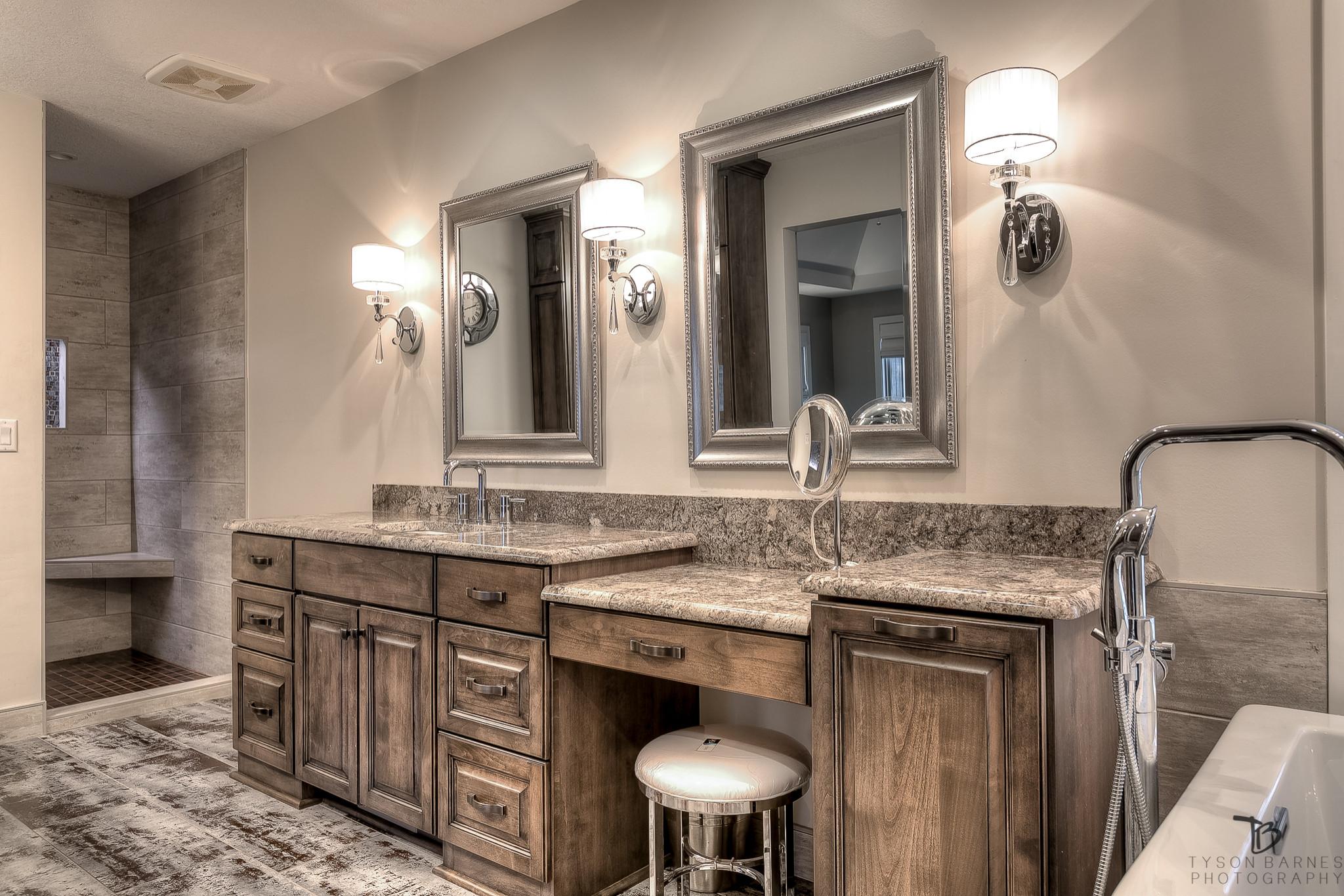 Weatherby Lake Bathroom