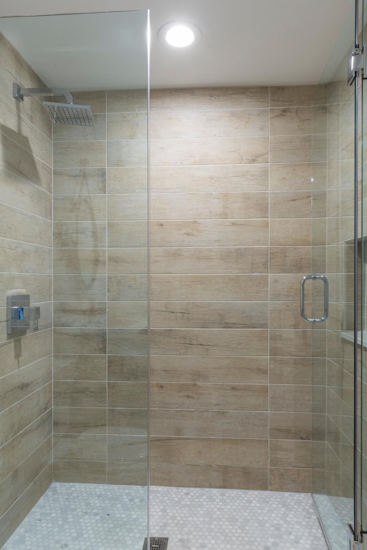 Wellesley Farmhouse Shower