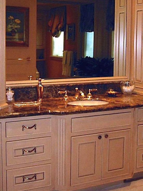 Mirror With Custom Wood Trim Bathroom Design Ideas