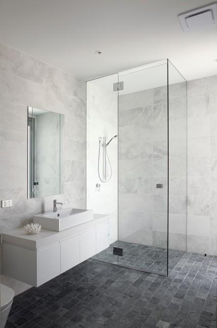 Wesley Court Noosa Heads Contemporary Bathroom