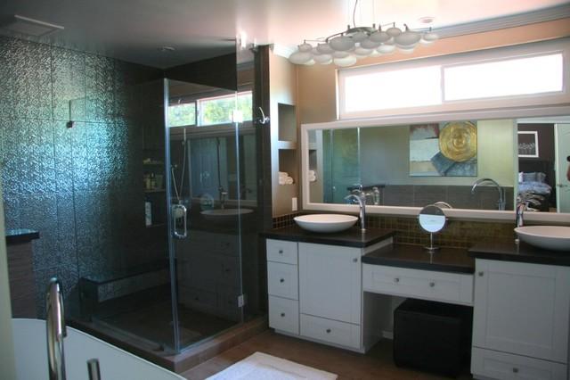 West Hills 2 modern-bathroom
