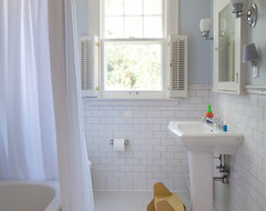 West Isles Kid's Bath traditional-bathroom