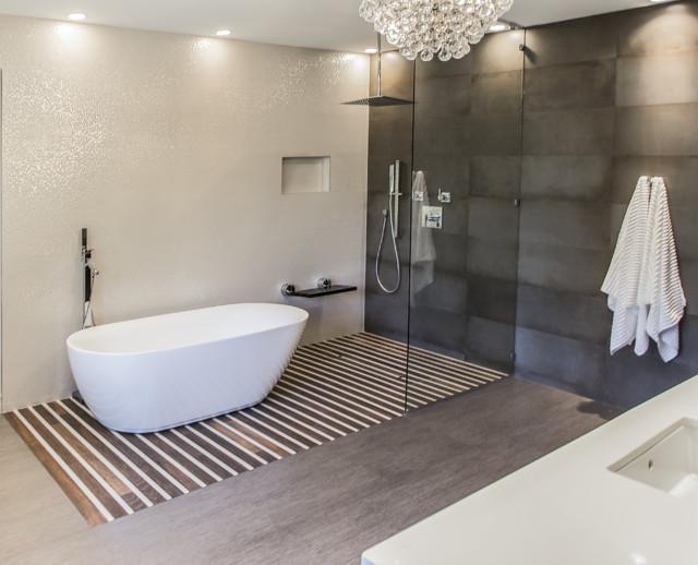 West university master bathroom houston texas 2015 for Bathroom interior design houston