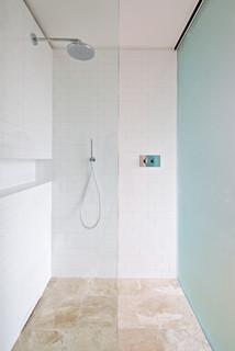 Sunderland terrace modern bathroom london by lyn for Bathroom cladding sunderland
