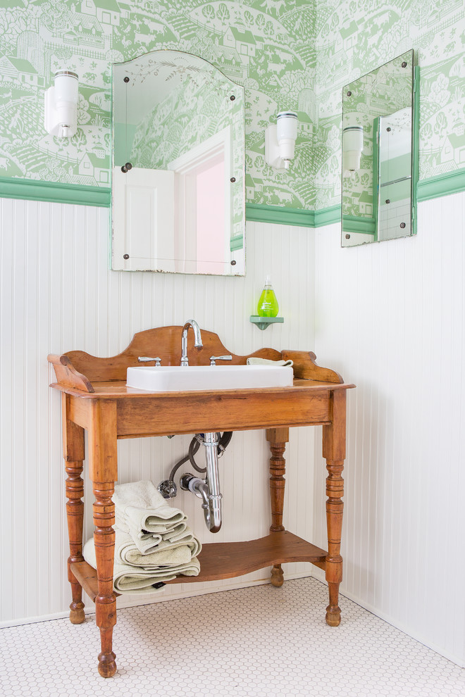 7 Bathroom decorating Tips To Make It Traditional & Classic