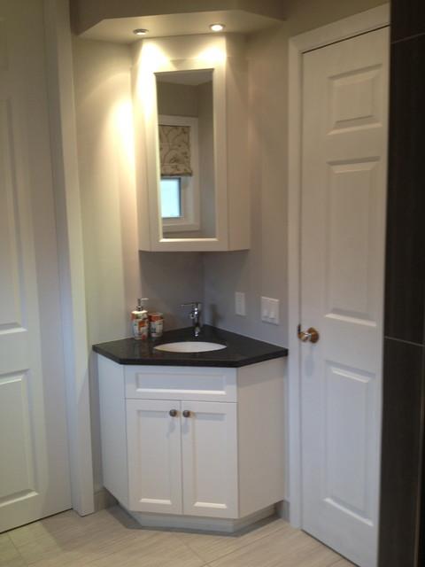 Wheelchair-accessible bathroom - Transitional - Bathroom - Montreal ...
