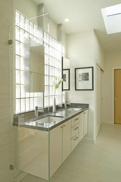 Whelan-Funston modern-bathroom