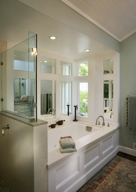 White bath traditional-bathroom