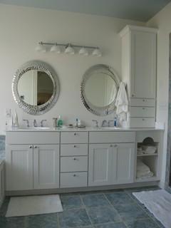 White bathroom vanities richmond va traditional bathroom by designing willamette kitchen for Bathroom vanities richmond va