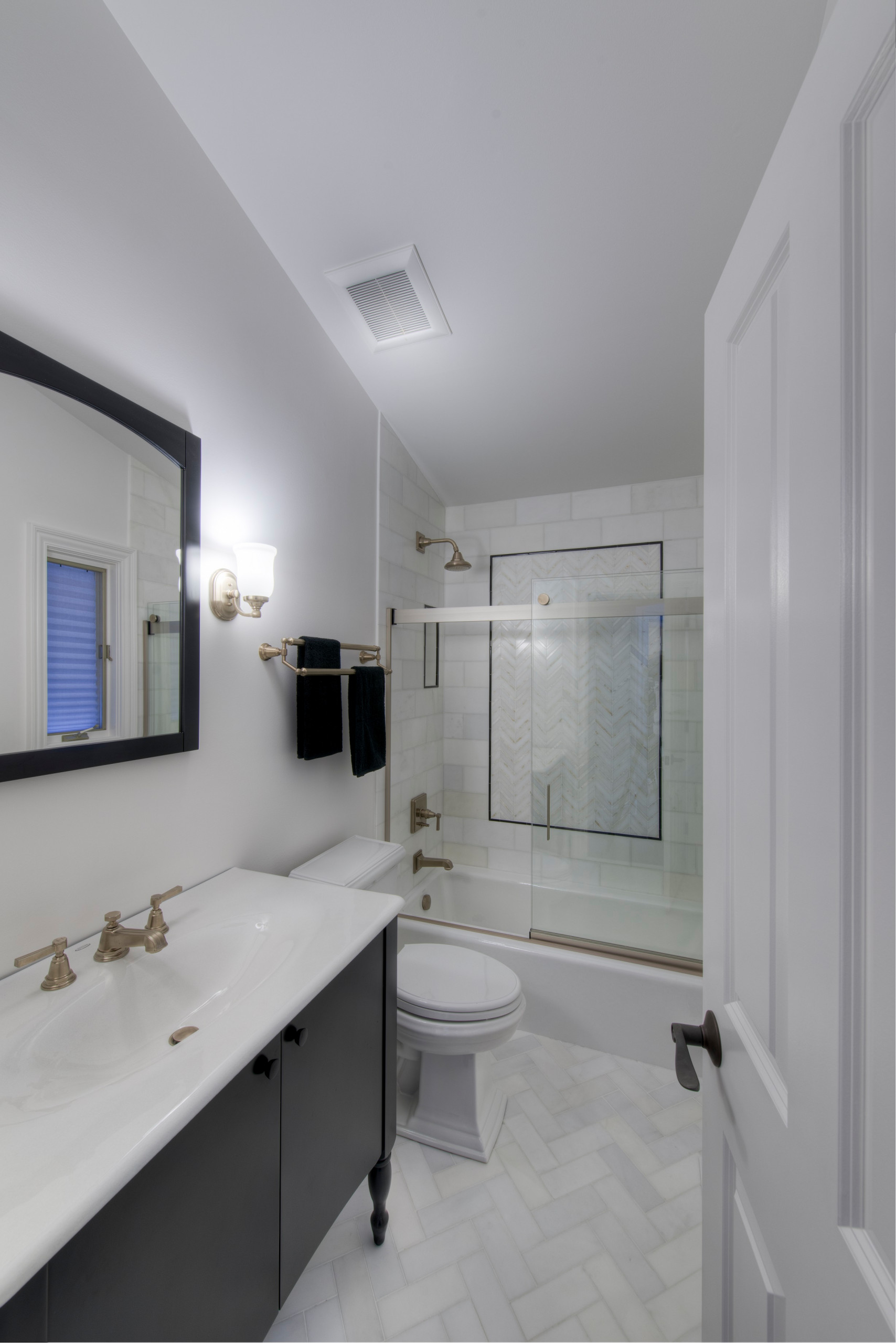 75 Beautiful Tub/Shower Combo Pictures & Ideas - January, 2021 | Houzz