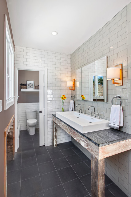 White Plains House Rustic Bathroom