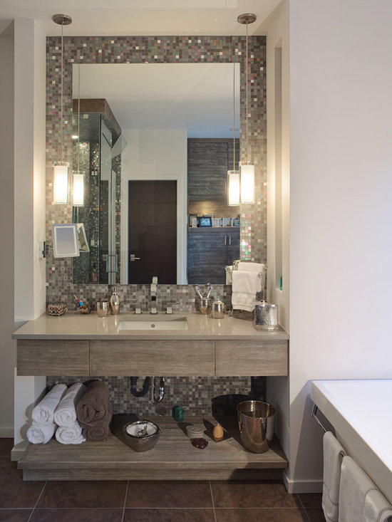 White Rock 3 - The wall tiles provide floor to ceiling continuity for the vanity alcove. (Gary Beale, photographer)