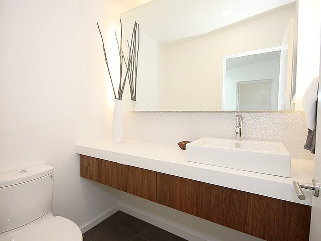 Modern White Bathroom Pictures To Pin On Pinterest   PinsDaddy