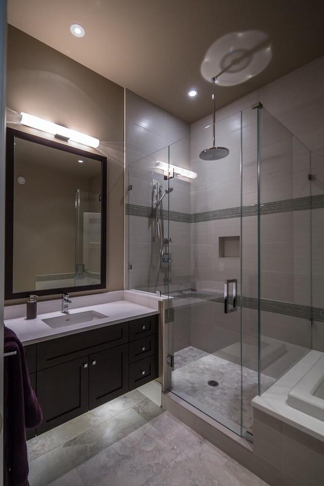 Bathroom - contemporary bathroom idea in Vancouver