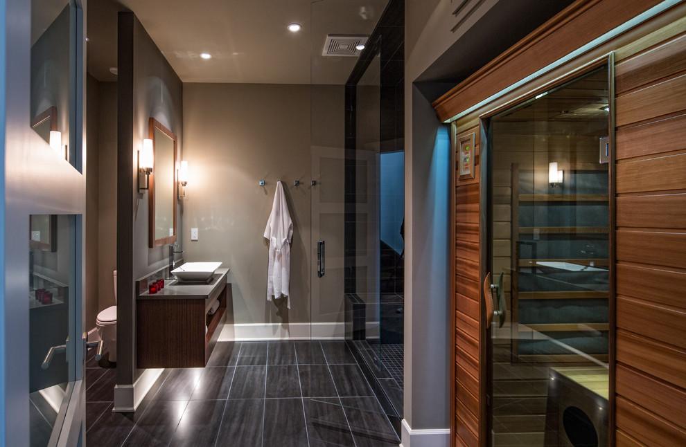 Trendy bathroom photo in Vancouver