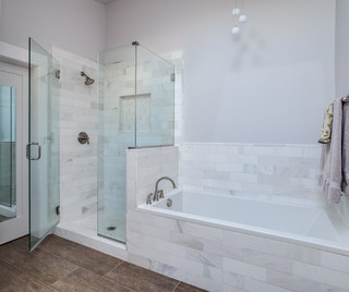 White cararra marble bathroom renovation denver for Chambre bebe denver
