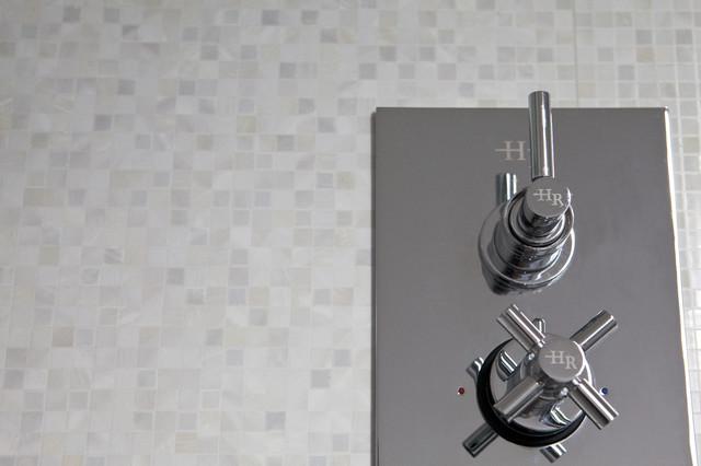 White vs Concrete modern-bathroom