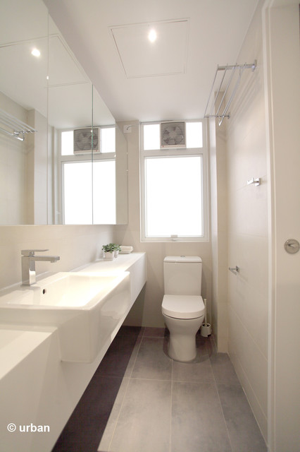 Whitely Open Plan Modern Bathroom Hong Kong By