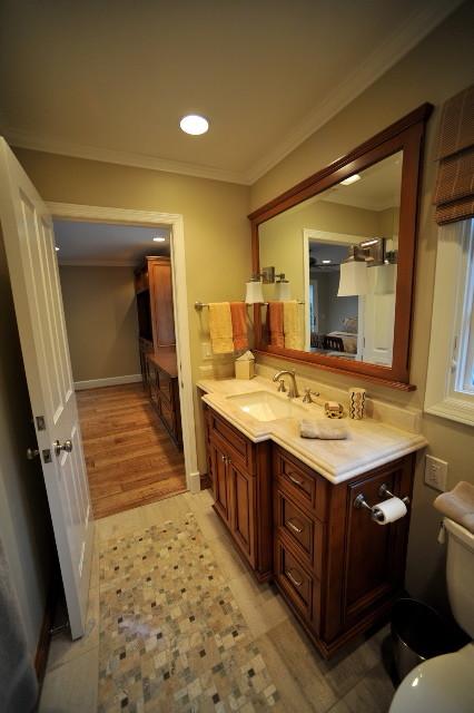 Widder traditional-bathroom