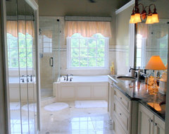 Wildwood Links Master Bath traditional bathroom