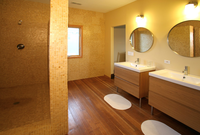 Williams Residence contemporary-bathroom