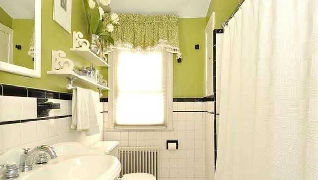 Window Treatment eclectic-bathroom