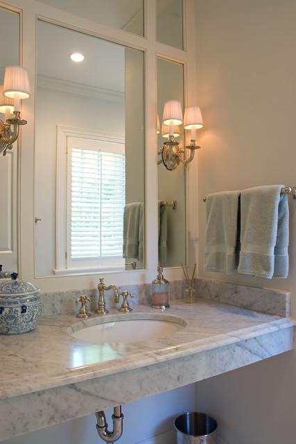 Windsor Farms House traditional-bathroom