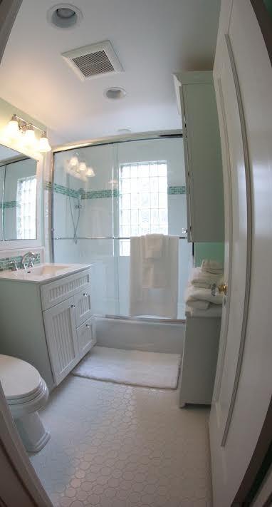 Winntetka Residence Kid's Bath