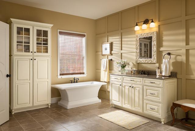 Woodmark + Silestone Vanity Program Traditional Bathroom