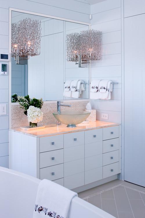 15 Refreshing Ideas for a Bathroom Makeover – Beach Style Bathroom