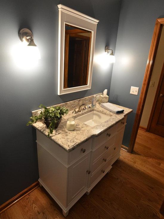 Oak Trim Bath Design Ideas, Pictures, Remodel & Decor with Recessed-Panel Cabinets