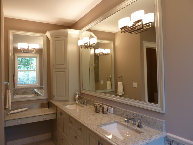 Example of an arts and crafts bathroom design in Denver