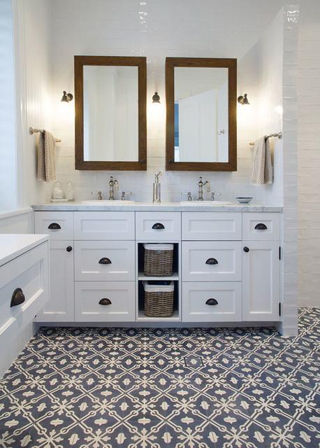 Woollahra House II - Bathrooms & Laundry - Farmhouse - Bathroom - Sydney - by The English ...
