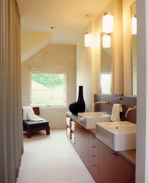 WYboy Ranch contemporary-bathroom