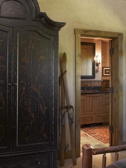 Wyoming Getaway eclectic-bathroom